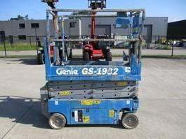 schaarhoogwerker wiel Genie GS1932 (848) 2005
