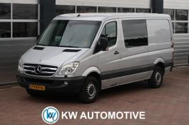 gesloten bestelwagen Mercedes-Benz 515 2.2 CDI 366 HD DC AUT/ AIRCO/ TREKHAAK/ ETC... 2008
