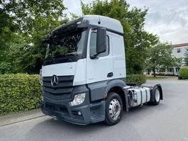standaard trekker Mercedes-Benz Actros 1843 Streamspace 2.30 /8 Stück 2017