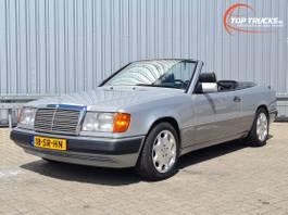 cabriolet auto Mercedes-Benz 300 CE-24 CABRIO U9 A124 - Airco - Automaat - Blauwe cabrio top 1992