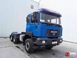 chassis cabine vrachtwagen MAN FE 27/410 6x6 2003