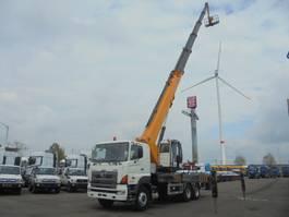 autohoogwerker vrachtwagen Hino 700 6X4 2020