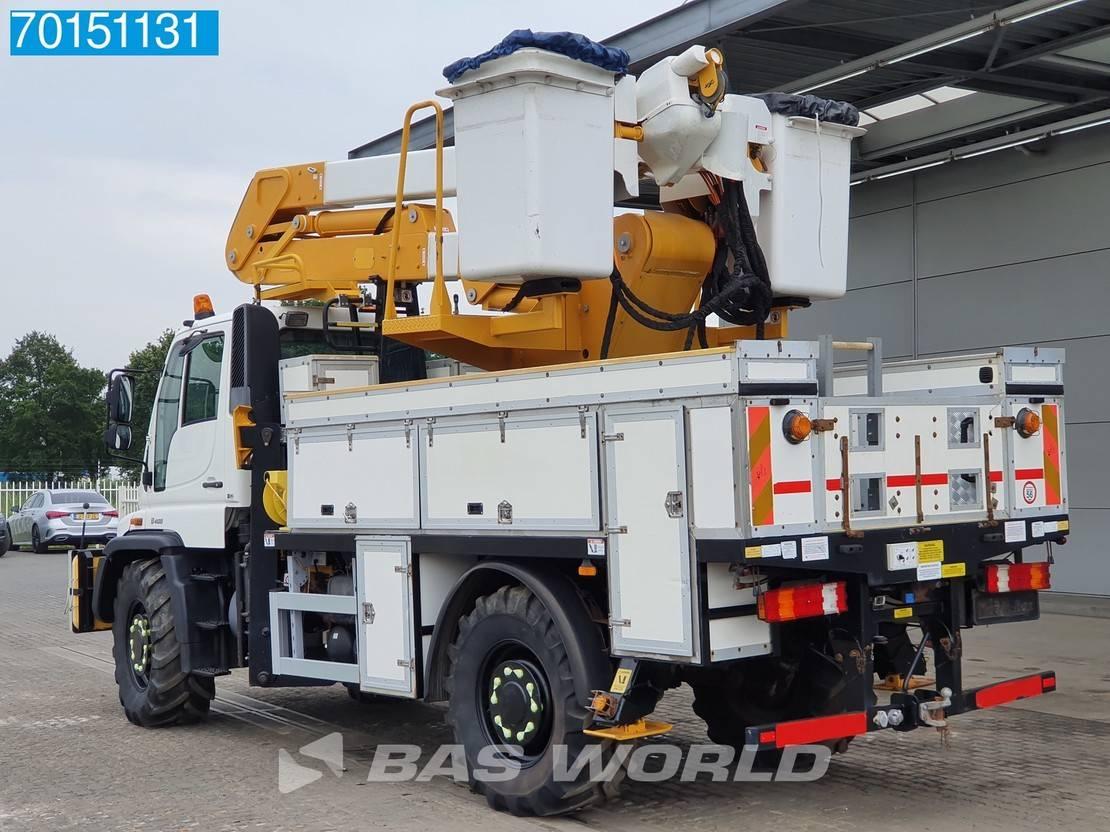 autohoogwerker vrachtwagen Unimog U 400 4X4 2006