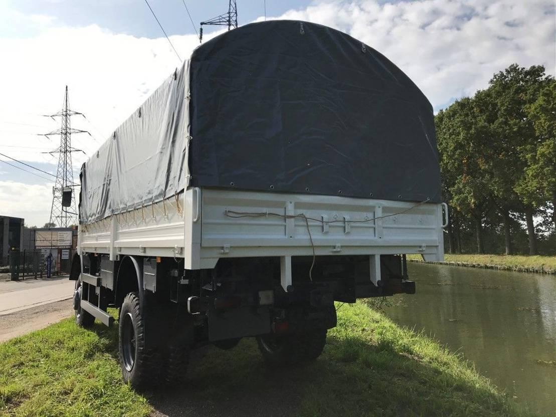 leger vrachtwagen Iveco 110-17