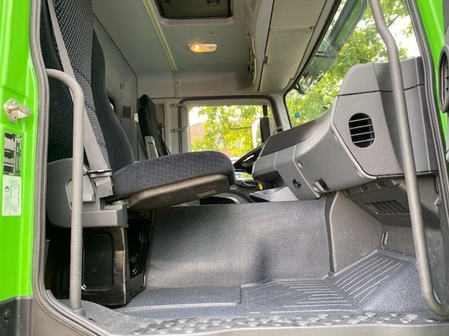Mercedes-Benz - 8x4/ 3 -Seiten Kipper/DAUTEL/Euro 5 18