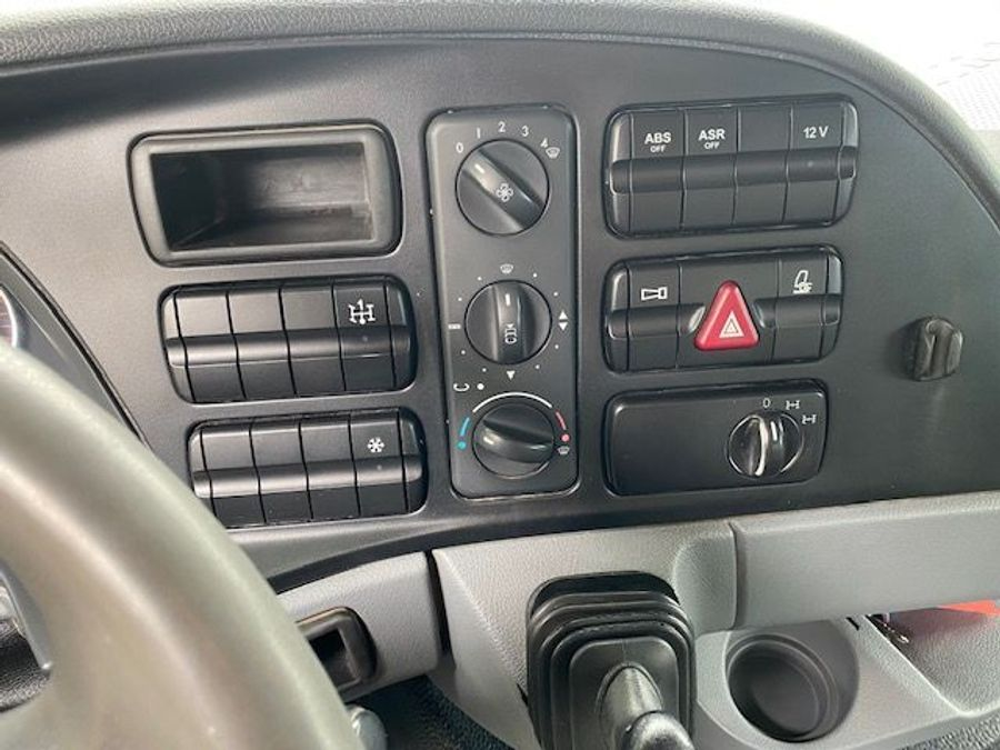 Mercedes-Benz - 8x4/ 3 -Seiten Kipper/DAUTEL/Euro 5 17