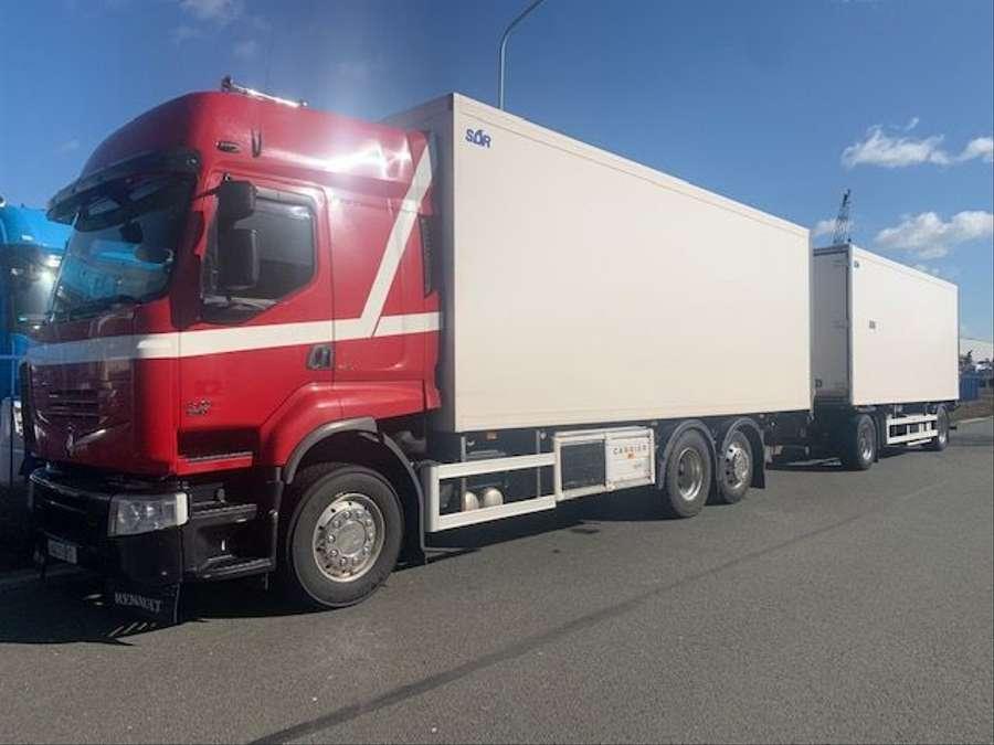 Renault - Premium 450  1