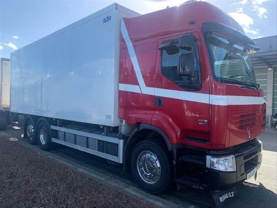 Renault - Premium 450  6