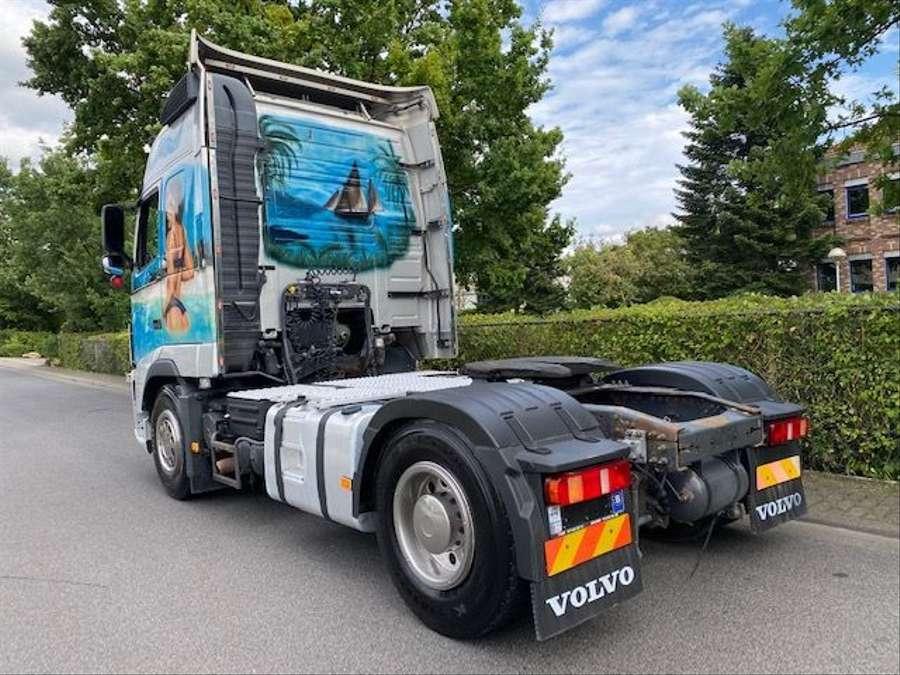 Volvo - 4X2 / Blatt-Luft / Euro 5 23