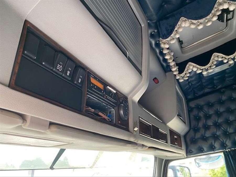 Volvo - 4X2 / Blatt-Luft / Euro 5 13