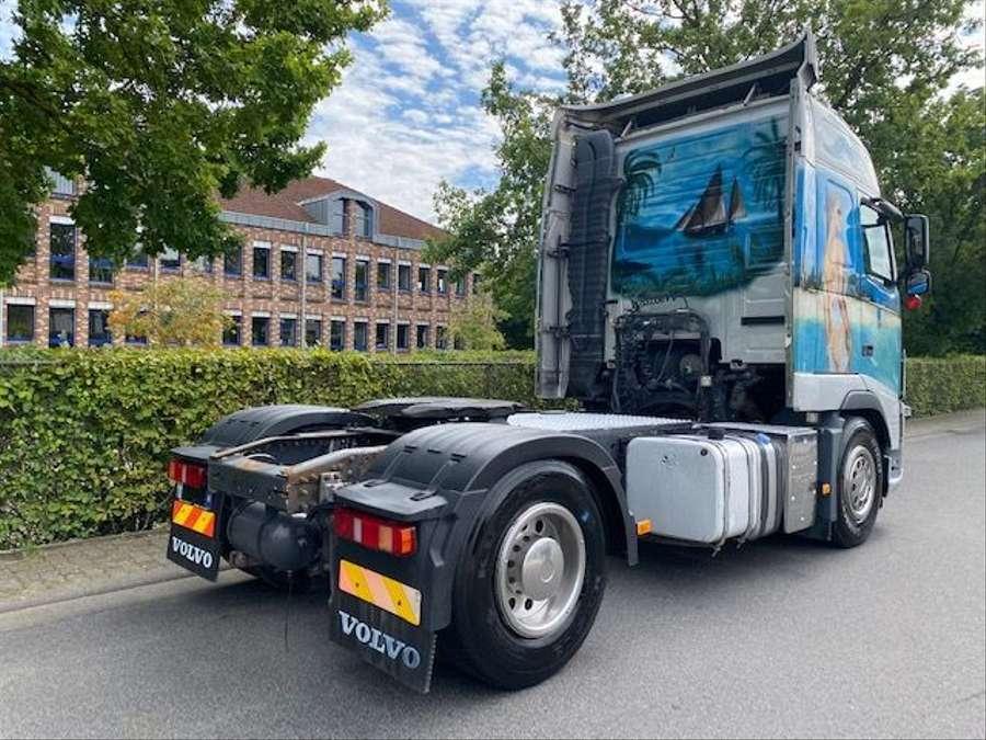 Volvo - 4X2 / Blatt-Luft / Euro 5 4