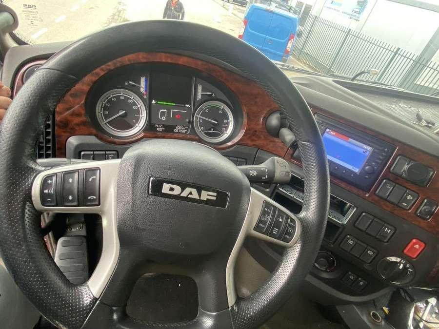 DAF - 106 460 6