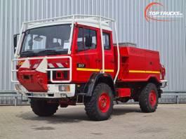 brandweerwagen vrachtwagen Mercedes-Benz 917 AF 4x4 -Feuerwehr, Fire brigade - 2.500 ltr watertank - Expeditie, C... 1995