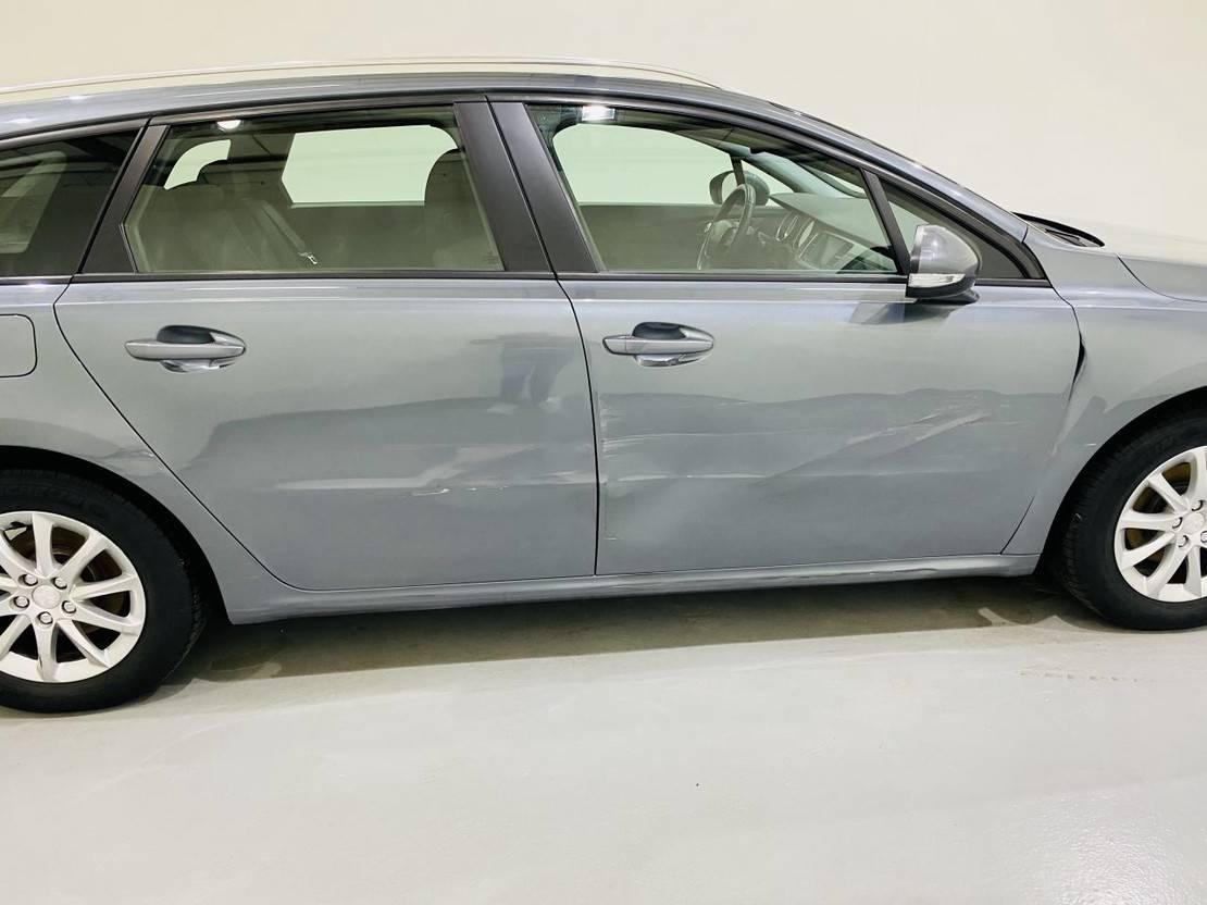 stationwagen Peugeot 1.6 Vti Autom 88kw Navi Blue Lease Edition 2012