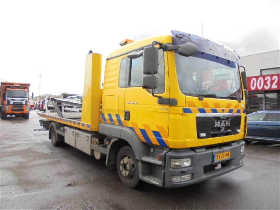 takelwagen-bergingswagen-vrachtwagen MAN TGL 12 EEV K 2011