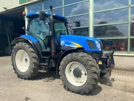 standaard tractor landbouw New Holland TS 125 A T6050 2005