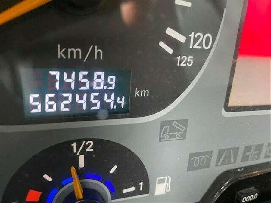 Mercedes-Benz - Actros 3241  6