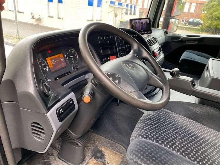 Mercedes-Benz - 6X2 Lenk + Liftachse / Euro 5 15