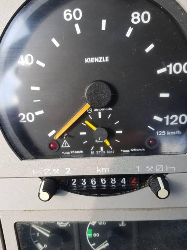 takelwagen-bergingswagen-vrachtwagen MAN 12.224 12.242