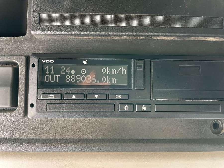 Renault - Premium 450.26 DXi 12