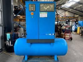 compressor Grassair SFX1000.10MT5 Silent Elektrische Schroefcompressor 7.5 kW 1.010 L/min 9.75 Bar met 500 liter ketel en droger 2005