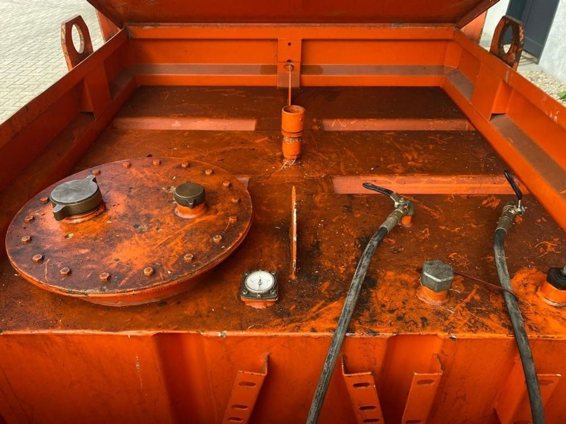 IBC-intermediate bulk container Tolsma 1000 liter Kiwa IBC dieseltank met keuring 2006