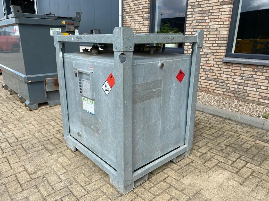 IBC-intermediate bulk container Diversen 1000 liter Kiwa IBC dieseltank gegalvaniseerd met keuring ! 2012