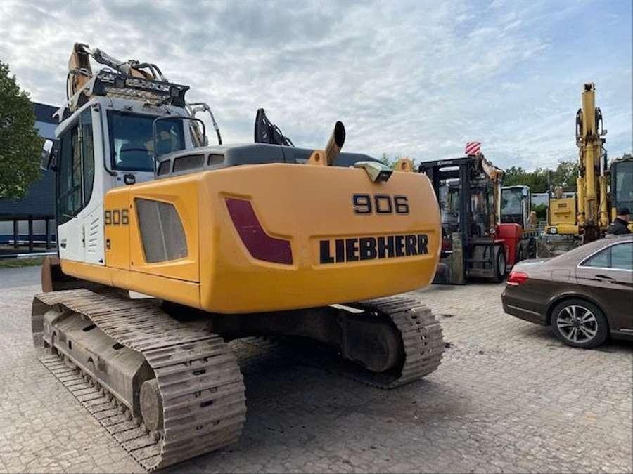 Liebherr - R906 C 4