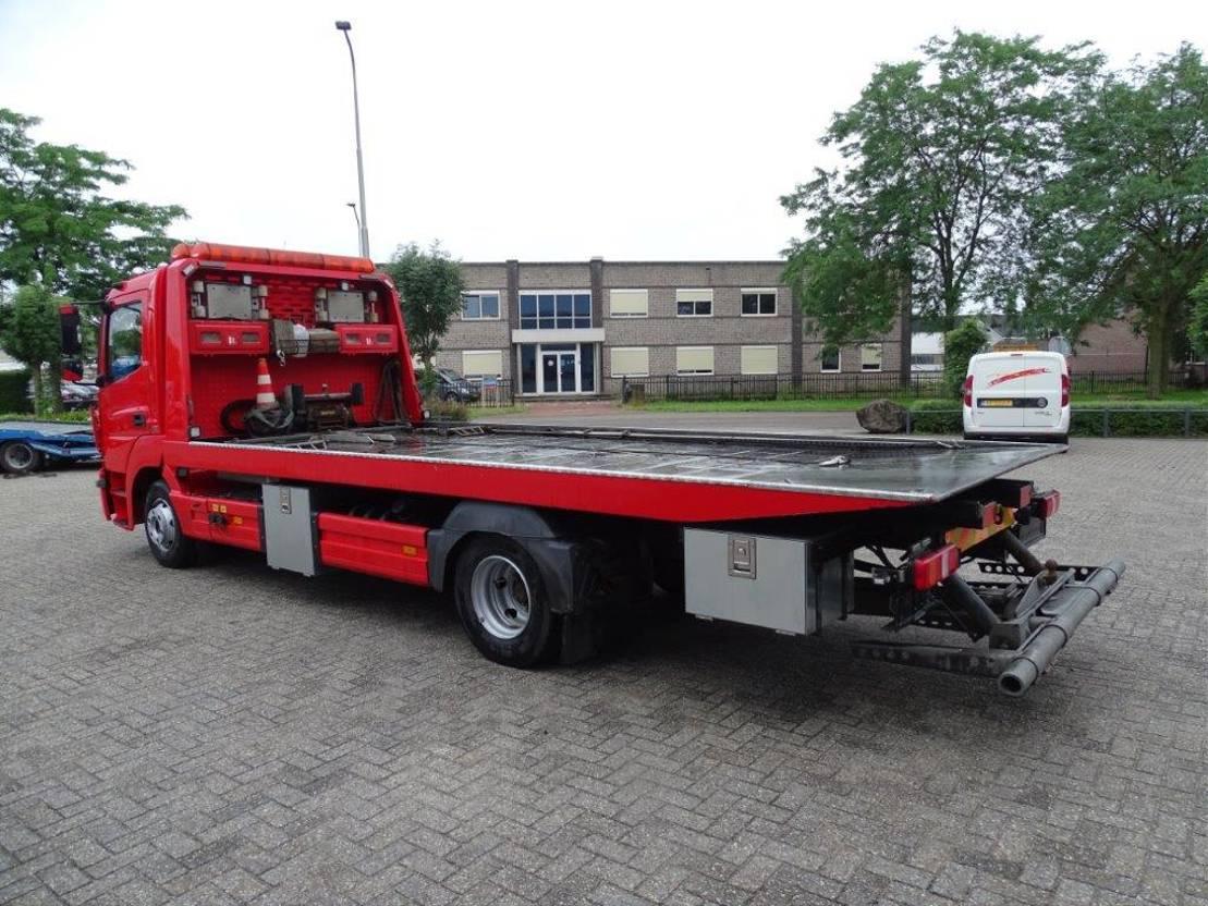 takelwagen-bergingswagen-vrachtwagen Mercedes-Benz 923 / SCHIEBEPLATEAU+BRILLE / MANUAL / EURO-6 / 2014 2014