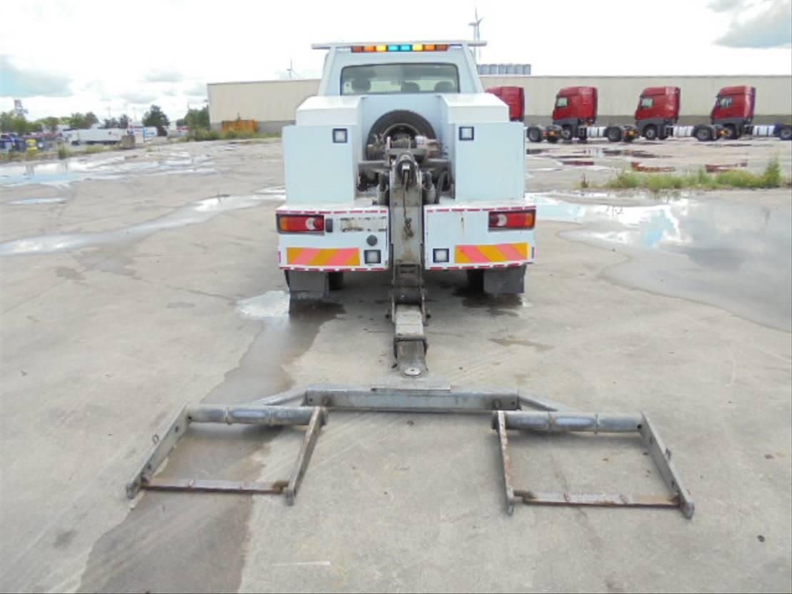 takelwagen-bergingswagen-vrachtwagen Renault 150 DCI 2002