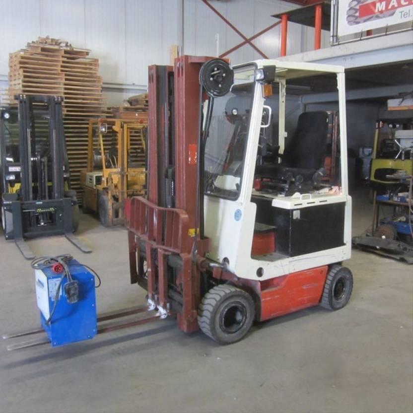 vorkheftruck Nissan Gebruikte heftruck Nissan UM01L15U, triplomast, side shift, hydro vorkverstelling.