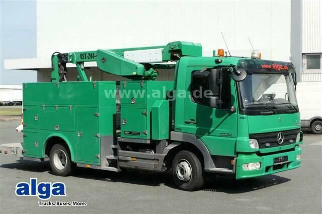 autohoogwerker vrachtwagen Mercedes-Benz 1024 Atego/15,7 m./Klima