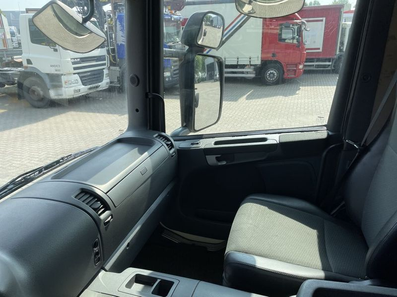 Scania -  10