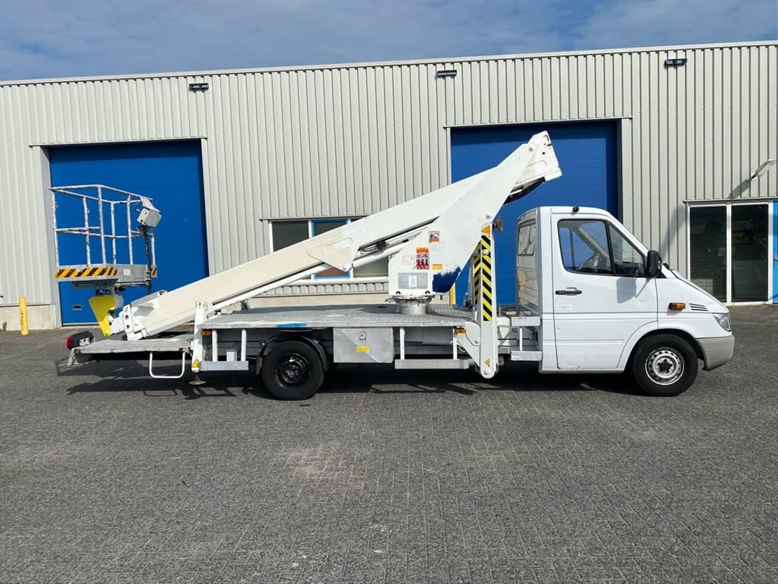 autohoogwerker vrachtwagen Mercedes-Benz CMC Sprinter / PLA 210, 21 meter autohoogwerker 2005