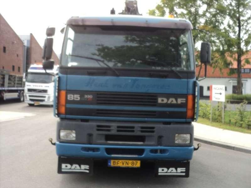 DAF - 85  euro 2 met kraan hiab 175-3 7