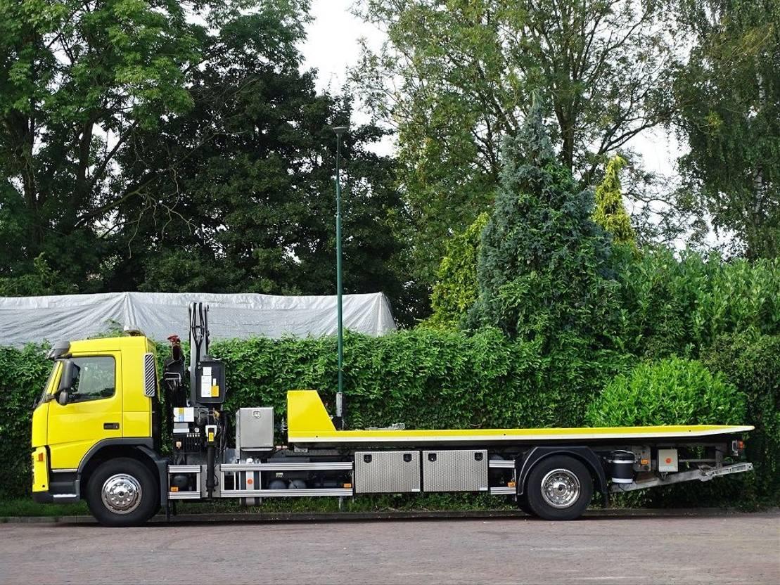 takelwagen-bergingswagen-vrachtwagen Volvo FM 300 TOWTRUCK EURO 5 CRANE 16T/M WHEEL-LIFT WINCH 2008