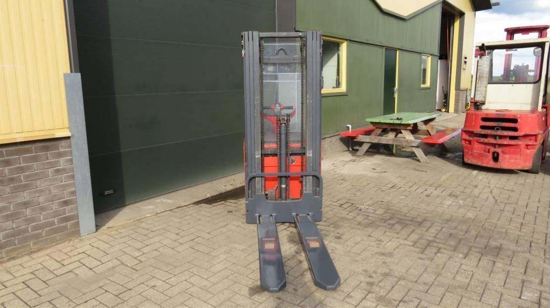vorkheftruck Linde l16 stapelaar elektrische met 3 delige mast l16