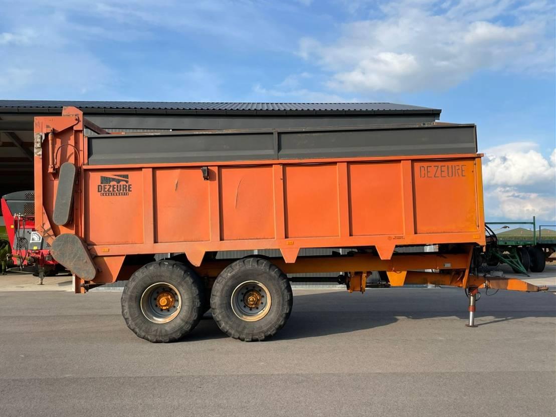 opraapwagen - silagewagen Dezeure SM25 1996