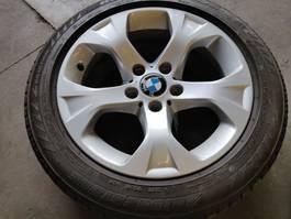 Wielen- met bandenset auto onderdeel BMW velgen + Brigdestone banden