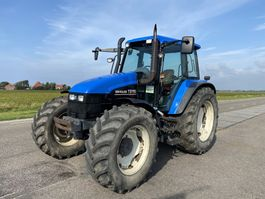 standaard tractor landbouw New Holland TS 115 2001
