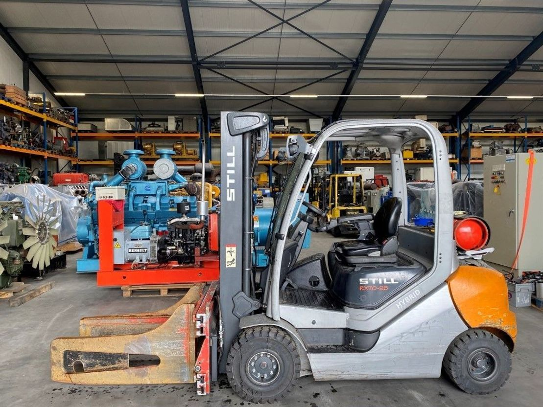 vorkheftruck Still 2 ton LPG Triplex Sideshift Positioner Freelift Balenklem Heftruck RX 70-25 T 2016
