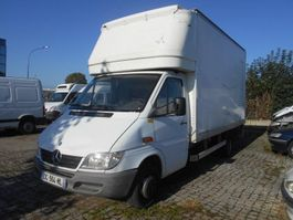 bakwagen vrachtwagen Mercedes-Benz 411 2006