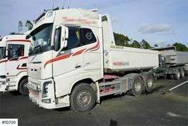 kipper vrachtwagen Volvo FH750 6x4 combination truck 2014