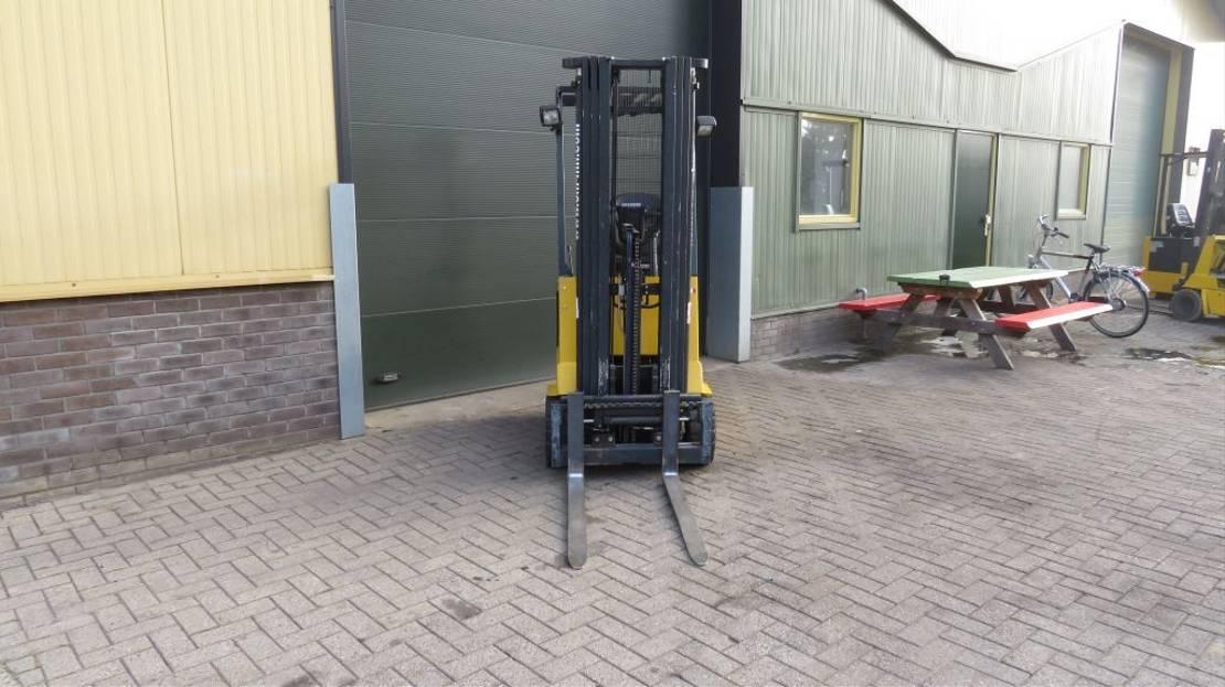 vorkheftruck Pimespo heftruck elektrische met 3 deligemast en sidesift zeer goed 2010