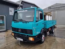 platform vrachtwagen Mercedes-Benz 814 4x2 stake body - spring 1988