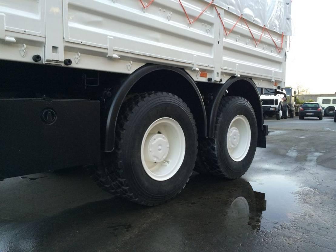 leger vrachtwagen Iveco Eurotrakker 260 Eurotrakker MP260e37W 1996