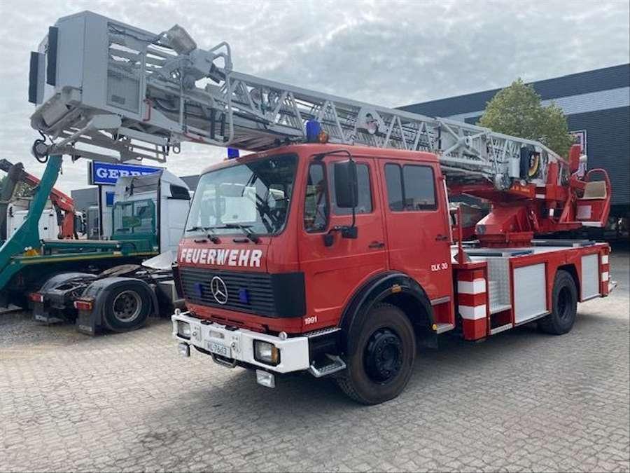 Mercedes-Benz - 1428 F Drehleiter 1