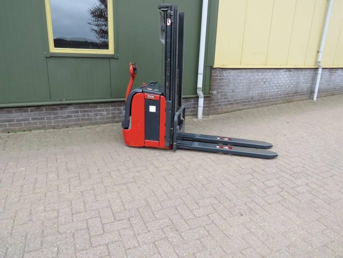 vorkheftruck Linde l16 stapelaar elektrische met 3 delige mast 2013