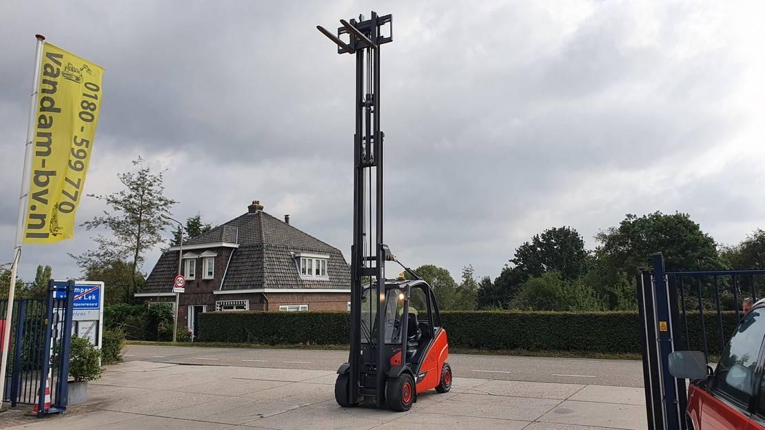 vorkheftruck Linde H30D-02, 3 ton diesel, 2014, triplo 6.40m low hours, sideshift incl keuring 2014