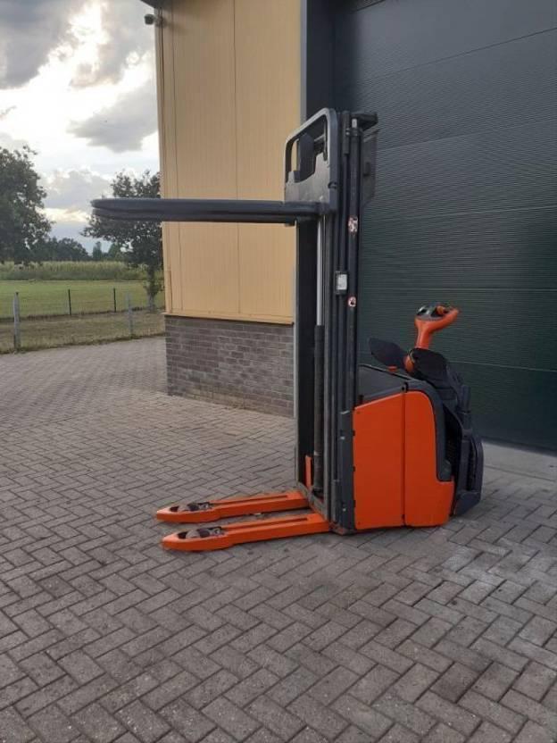vorkheftruck Linde L16 stapelaar elektrische hefhoogte 539 cm accubj 2018 2014